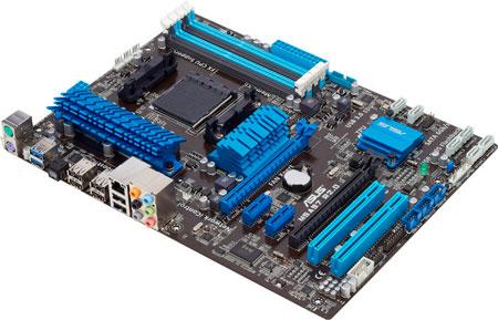 Материнская плата с контролером PCIe 3.0